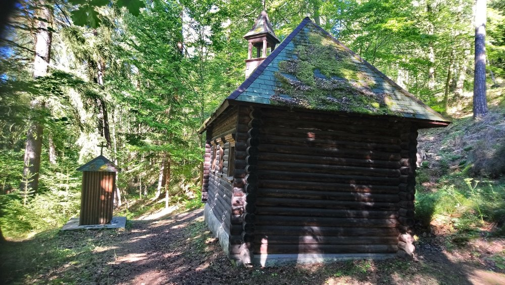 Znáte léčivou vodu ze studánky u kaple Panny Marie?