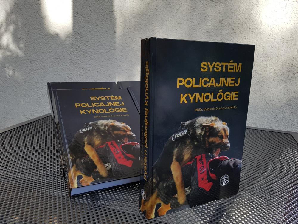 Nové knižné dielo – Systém policajnej kynológie